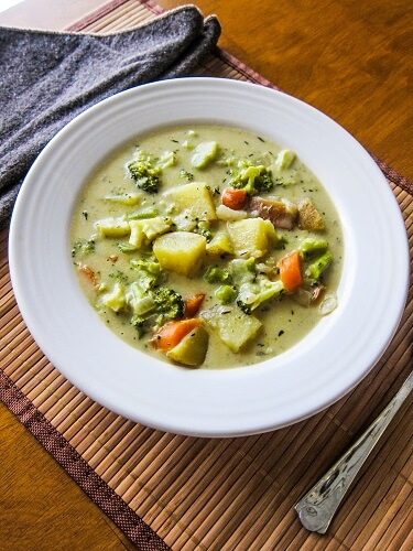 Vegan Broccoli Cheese Chowder