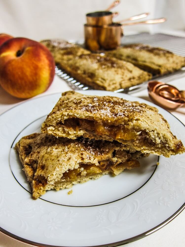 Vegan Spiced Peach Hand Pies