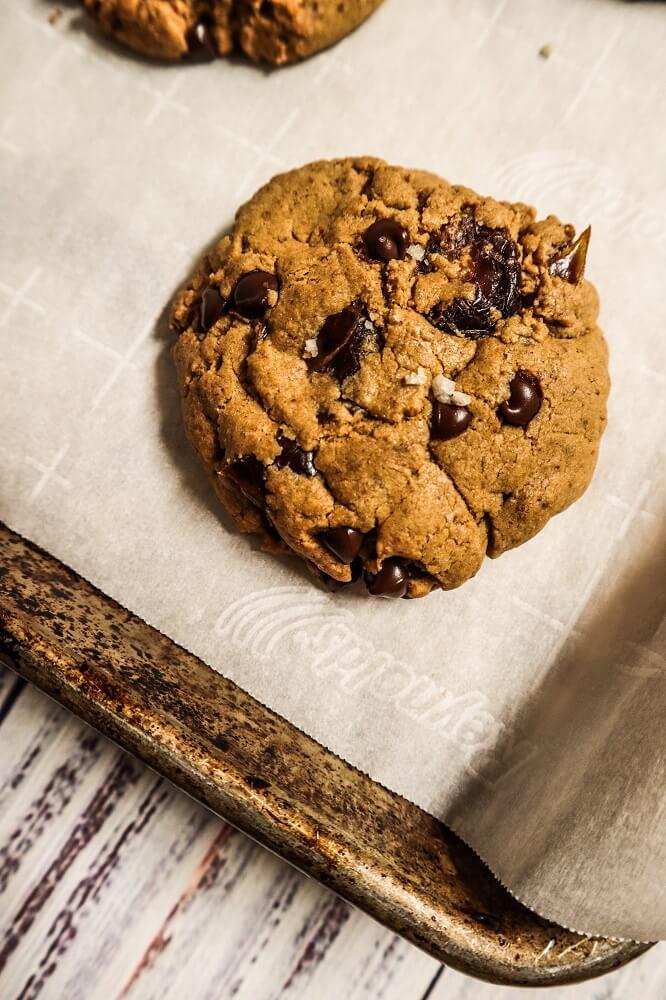 Vegan Salted Caramel Chocolate Chip Cookies