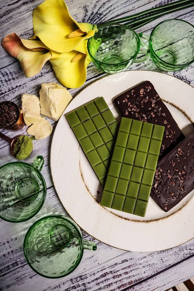Vegan Matcha Chocolate Bars with Cacao Nibs