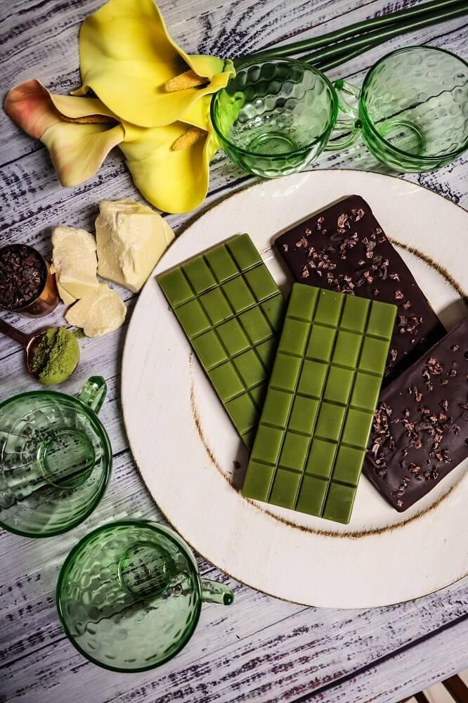 Vegan Matcha Chocolate Bars with Cacao Nibs