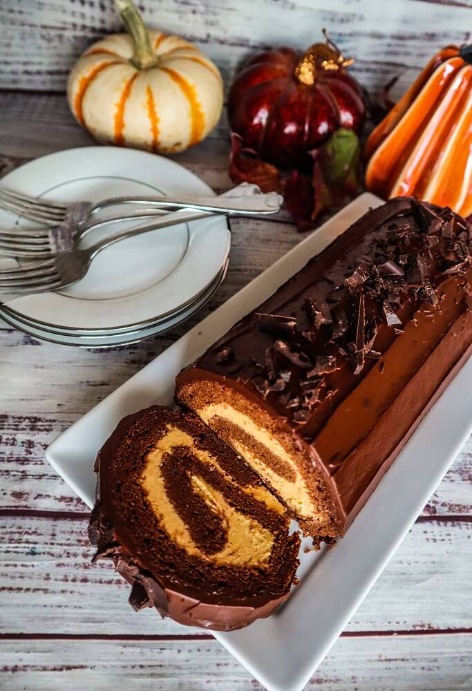 Vegan Chocolate Pumpkin Cake Roll