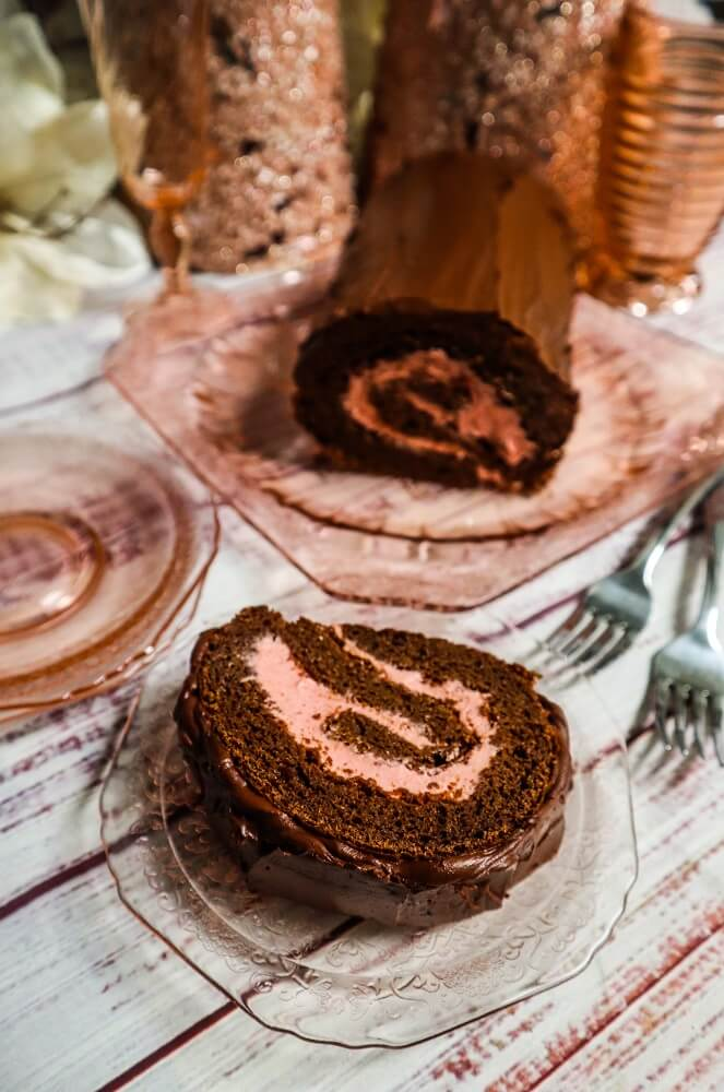 Vegan Chocolate Peppermint Roll Cake